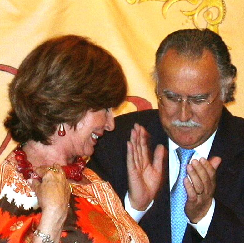 2005 Alfiler de Oro a Concha Velasco 8 de julio (15)a